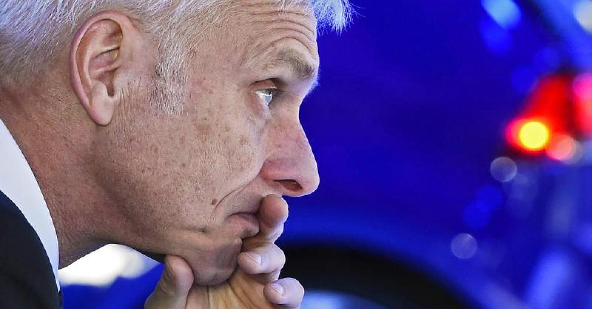 Vollgas ins Fettnäpfchen: Wie VW-Chef Müller seine Kunden zu Bittstellern machte