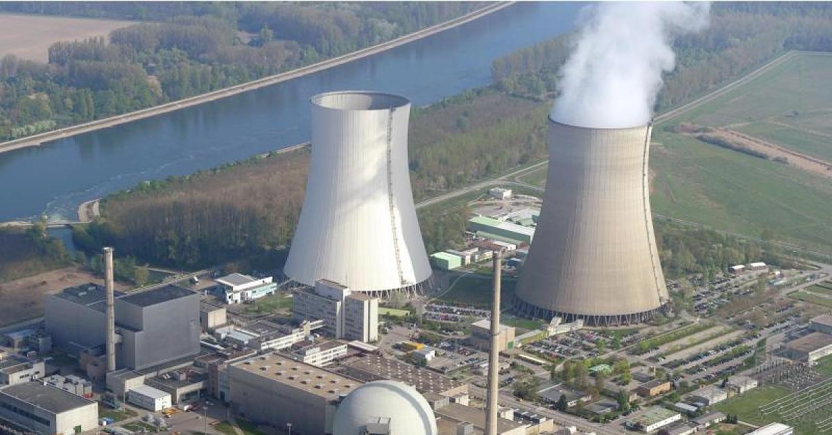 Polnische Klimaaktivisten demonstrieren in Deutschland für deutsche Atomkraftwerke