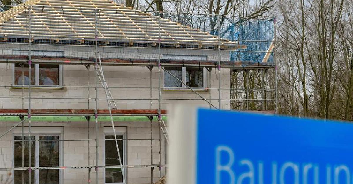 Immobilienpreise explodieren: Experten warnen vor heftigen Folgen