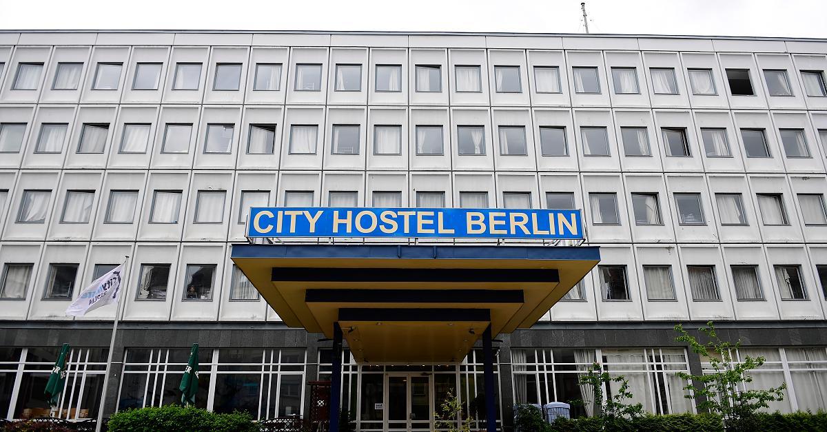 Das Hostel mitten in Berlin, mit dem Nordkorea ein Vermögen verdient