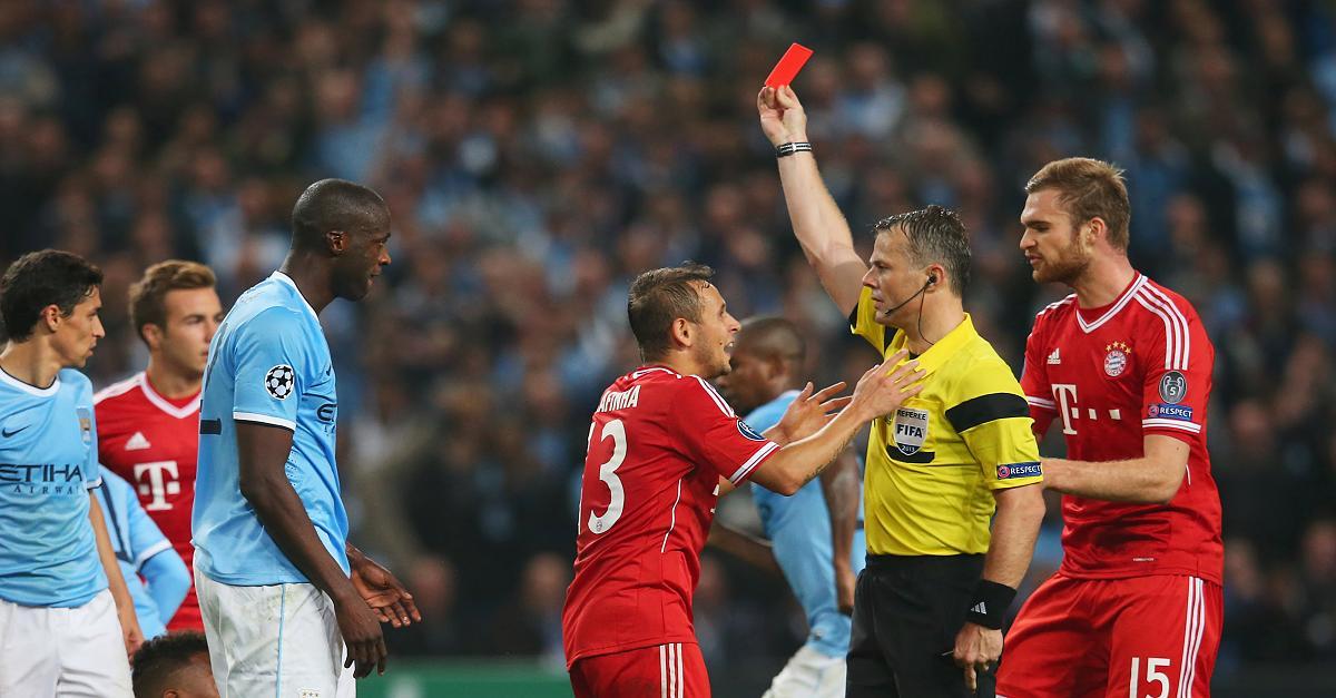 Bayern fühlten sich 2017 betrogen: Jetzt pfeift ein Holländer erstes Duell mit Real