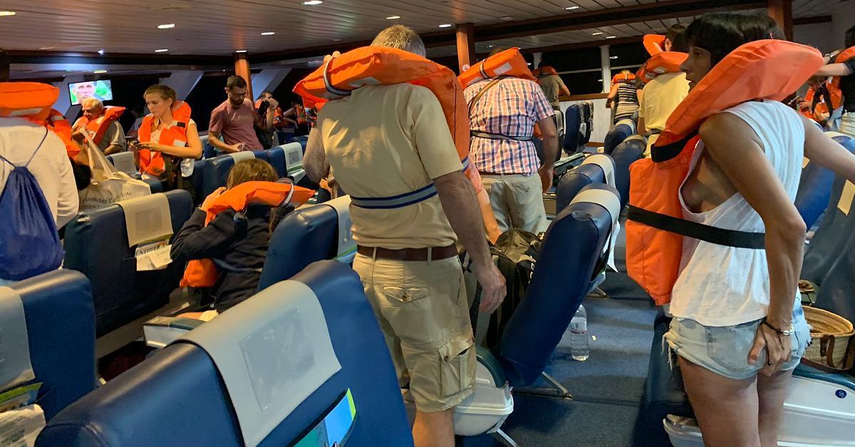 Mallorca-Fähre vor der Costa Blanca auf Grund gelaufen - 393 Passagiere gerettet