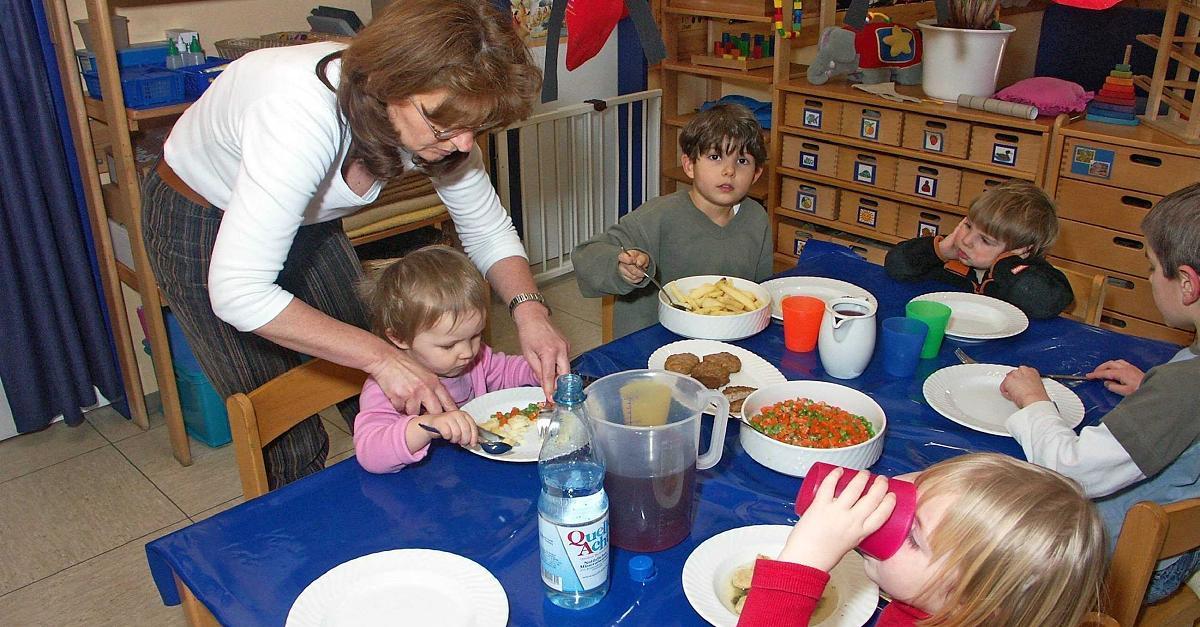 Kita-Erzieherin erzählt: Kinder haben gestörtes Verhältnis zu Essen – wegen der Eltern